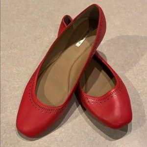 9fa81d1491a NWOT Red Tahari Flats